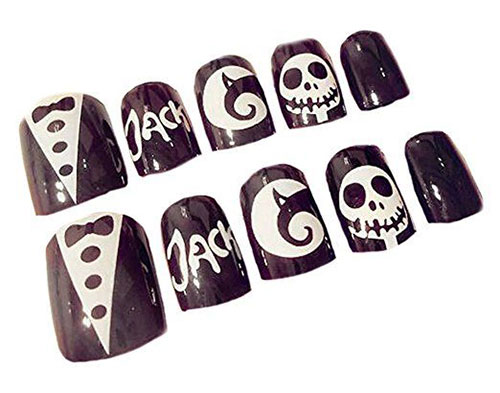 10-Amazing-Nail-Stencils-For-Halloween-2018-10