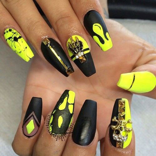 100-Best-Halloween-Nails-Art-Designs-Ideas-2018-96