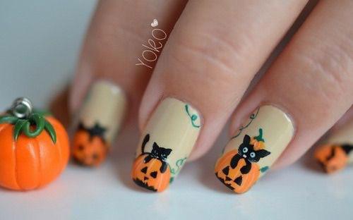 12-Cute-Scary-Halloween-Black-Cat-Nails-Art-Ideas-2018-10