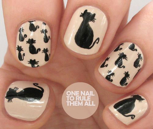 12-Cute-Scary-Halloween-Black-Cat-Nails-Art-Ideas-2018-7