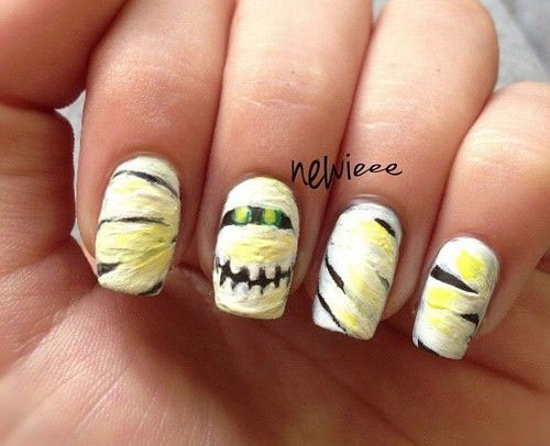 18-Creepy-Halloween-Mummy-Nails-Art-Designs-Ideas-2018-14