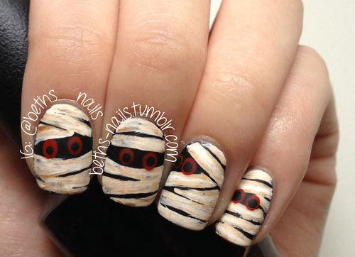 18-Creepy-Halloween-Mummy-Nails-Art-Designs-Ideas-2018-15