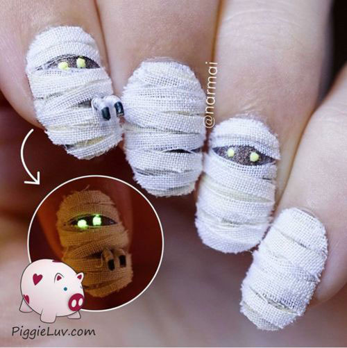 18-Creepy-Halloween-Mummy-Nails-Art-Designs-Ideas-2018-8