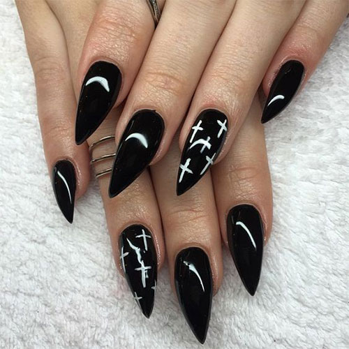 18-Halloween-Witch-Nails-Art-Designs-Ideas-2018-4