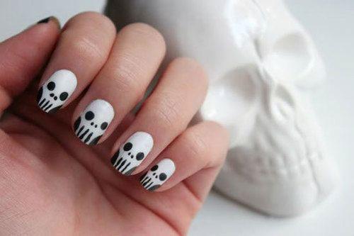 30-Halloween-Skull-Nail-Art-Designs-Ideas-2018-Monster-Nails-23