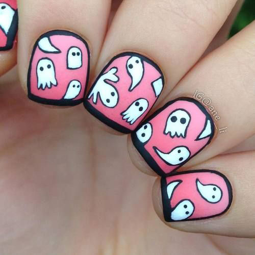30-Spooky-Halloween-Ghosts-Nail-Art-Ideas-2018 -Boo-Nails-21