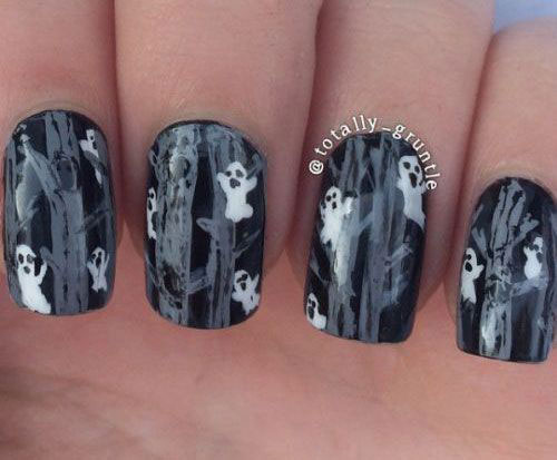 30-Spooky-Halloween-Ghosts-Nail-Art-Ideas-2018 -Boo-Nails-25
