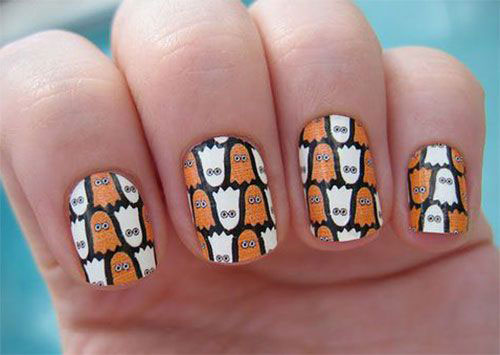 30-Spooky-Halloween-Ghosts-Nail-Art-Ideas-2018 -Boo-Nails-28