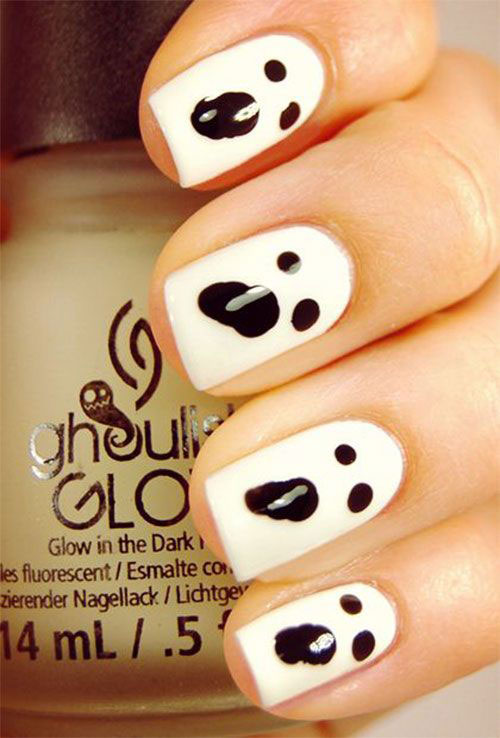 30-Spooky-Halloween-Ghosts-Nail-Art-Ideas-2018 -Boo-Nails-3