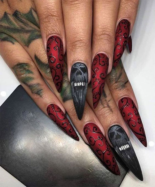 30-Spooky-Halloween-Ghosts-Nail-Art-Ideas-2018 -Boo-Nails-31