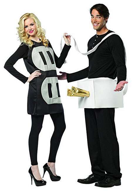 15-Funny-Halloween-Costume-Ideas-For-Couples-2018-14