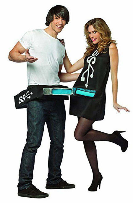 15-Funny-Halloween-Costume-Ideas-For-Couples-2018-15
