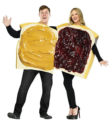 15-Funny-Halloween-Costume-Ideas-For-Couples-2018-7