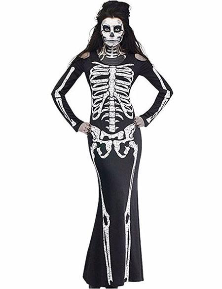 18-Creepy-Halloween-Costumes-For-Girls-Women-2018-6