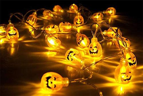 10-Halloween-Light-Decoration-Ideas-2018-9