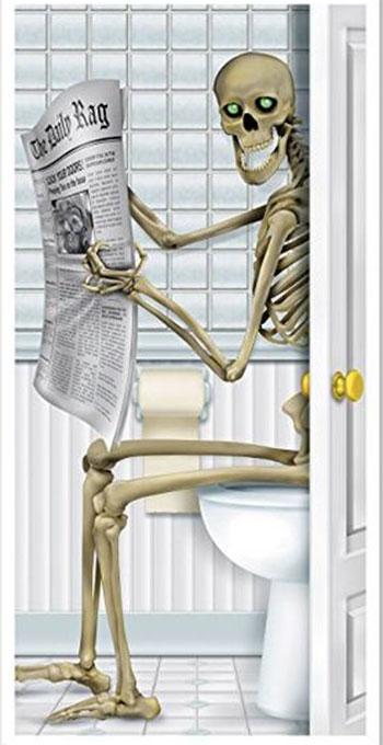 15-Creepy-Halloween-Door-Decoration-Ideas-2018-10