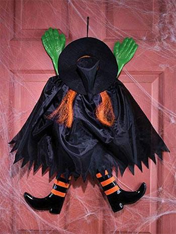 15-Creepy-Halloween-Door-Decoration-Ideas-2018-14