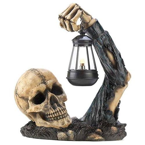 15-Scary-Halloween-Outdoor-Decoration-Ideas-2018-14