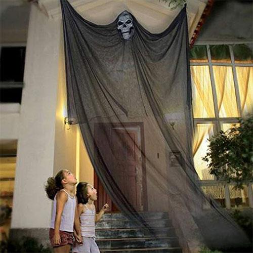15-Scary-Halloween-Outdoor-Decoration-Ideas-2018-2