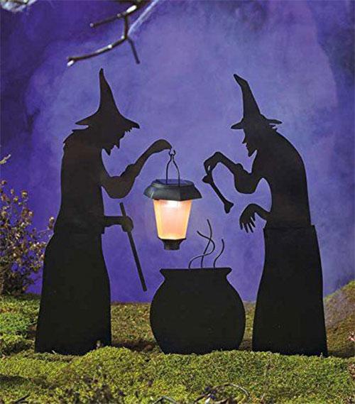 15-Scary-Halloween-Outdoor-Decoration-Ideas-2018-3