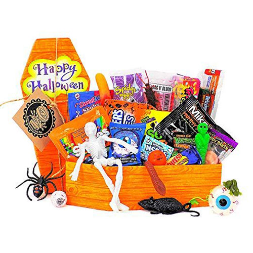 12-Unique-Halloween-Themed-Gift-Treat-Baskets-For-Kids-Adults-2018-6