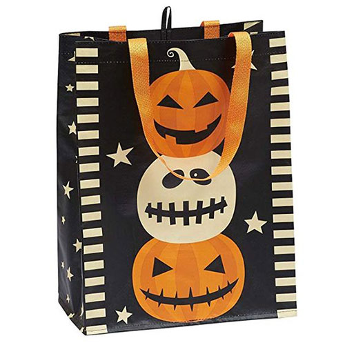 15-Cute-Halloween-Themed-Gift-Bag-Ideas-For-Kids-Adults-2018-14