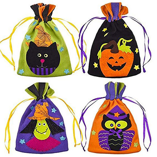 15-Cute-Halloween-Themed-Gift-Bag-Ideas-For-Kids-Adults-2018-2