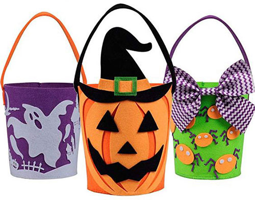 15-Cute-Halloween-Themed-Gift-Bag-Ideas-For-Kids-Adults-2018-4