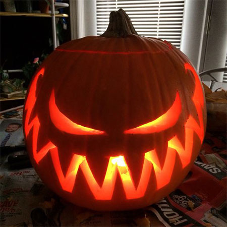 50-Best-Easy-Pumpkin-Carving-Ideas-Crafting-Patterns-2018-16