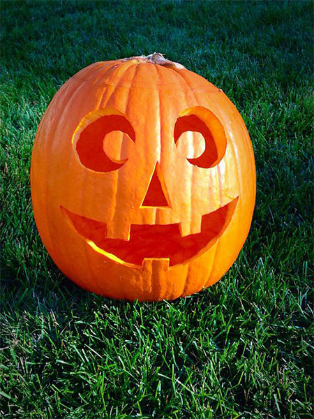 50-Best-Easy-Pumpkin-Carving-Ideas-Crafting-Patterns-2018-31