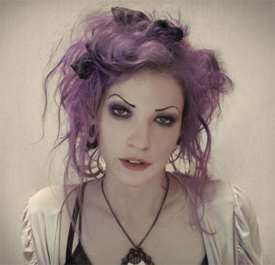 30-Creepy-Spooky-Halloween-Hairstyle-Ideas-For-Girls-Women-2018-10