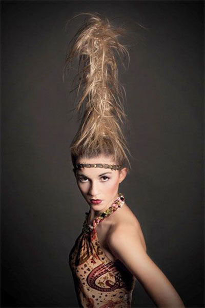 30-Creepy-Spooky-Halloween-Hairstyle-Ideas-For-Girls-Women-2018-14