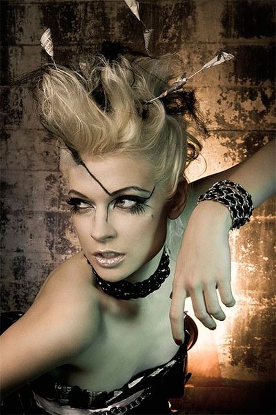 30-Creepy-Spooky-Halloween-Hairstyle-Ideas-For-Girls-Women-2018-15