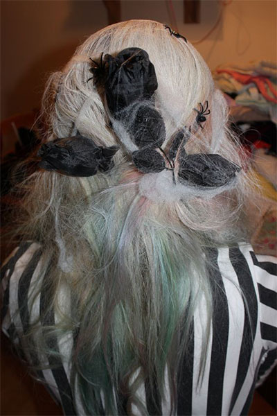 30-Creepy-Spooky-Halloween-Hairstyle-Ideas-For-Girls-Women-2018-32