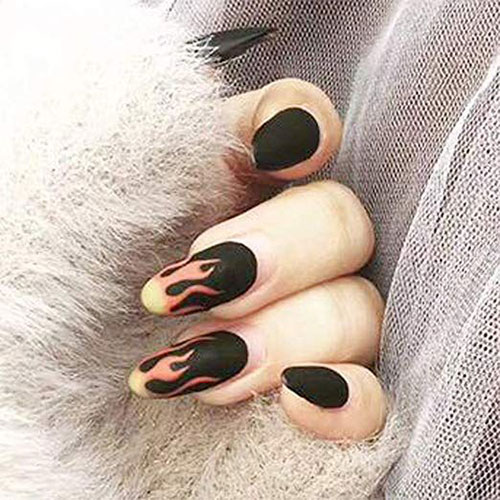 Halloween-Themed-Acrylic-Gel-Nail-Stickers-Designs-Trends-2019-4
