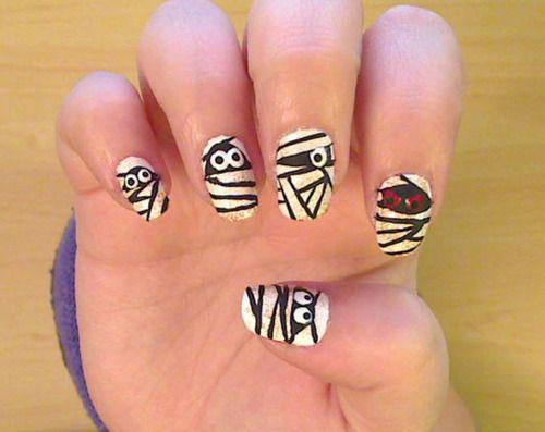 15-Halloween-Mummy-Nails-Art-Designs-Ideas-2019-9
