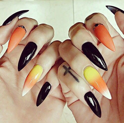 20-Very-Easy-Simple-Halloween-Candy-Corn-Nails-Designs-Ideas-2019-20