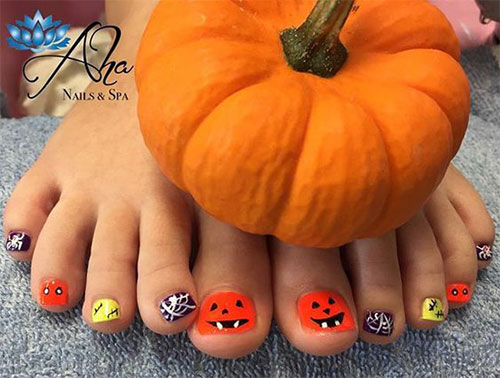 18-Amazing-Halloween-Themed-Toe-Nails-Art-Designs-Ideas-Trends-2019-1