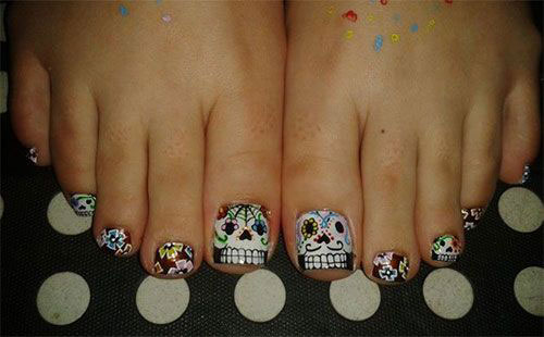 18-Amazing-Halloween-Themed-Toe-Nails-Art-Designs-Ideas-Trends-2019-3
