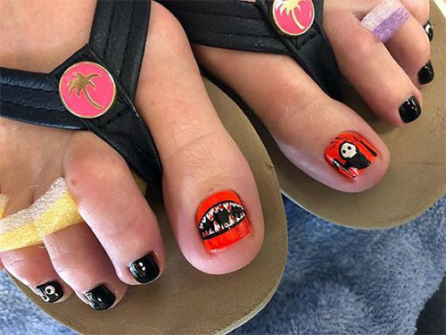 18-Amazing-Halloween-Themed-Toe-Nails-Art-Designs-Ideas-Trends-2019-6