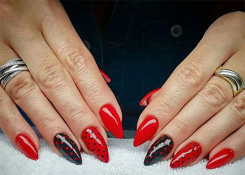 20-Creepy-Halloween-Black-Red-Nails-Art-Designs-Ideas-2019-Nail-Polish-20