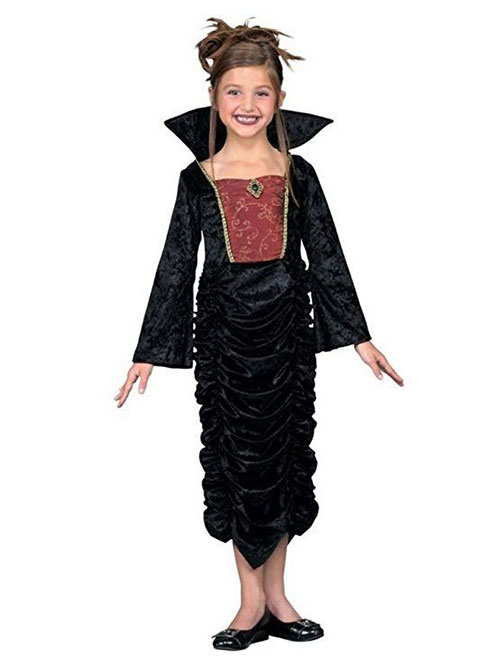 20-Spooky-Halloween-Vampire-Costume-Ideas-For-Kids-Men-Women-2019-1