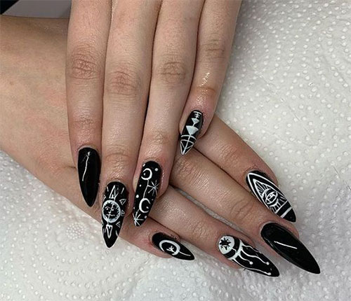 25-Horror-Scary-Halloween-Witch-Nails-Art-Designs-Ideas-2019-1