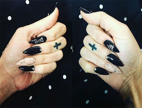 25-Horror-Scary-Halloween-Witch-Nails-Art-Designs-Ideas-2019-16