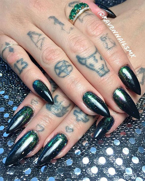 25-Horror-Scary-Halloween-Witch-Nails-Art-Designs-Ideas-2019-7