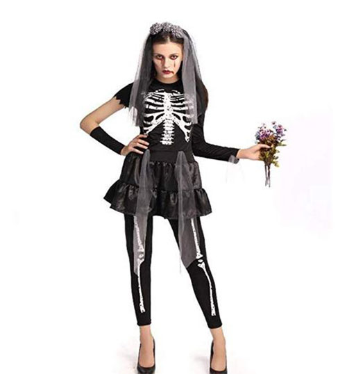 50-Creepy-Scary-Cheap-Halloween-Costume-Ideas-For-Girls-Women-2019-4