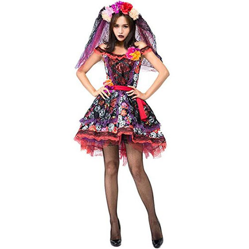 50-Creepy-Scary-Cheap-Halloween-Costume-Ideas-For-Girls-Women-2019-7
