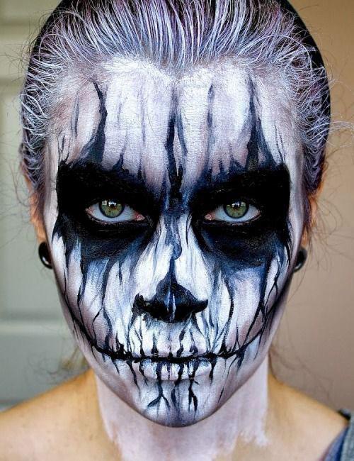 20-Creepy-Skull-Skeleton-Halloween-Makeup-Ideas-Trends-Looks-2019-10