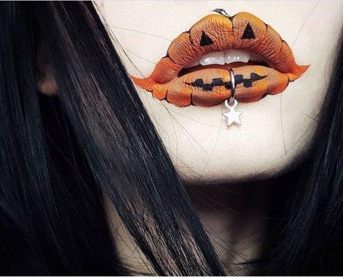 20-Pretty-Creative-Halloween-Lip-Makeup-Looks-Ideas-Trends-2019-19