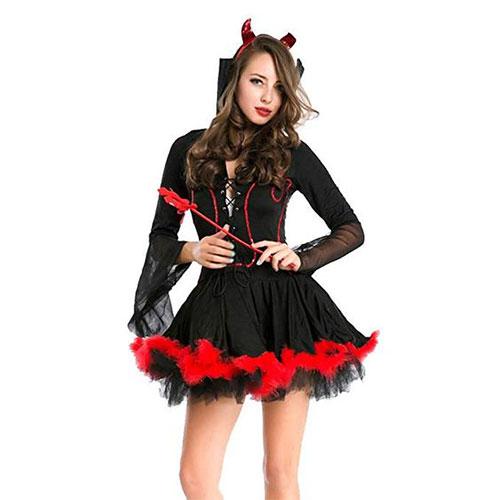20-Scary-Halloween-Devil-Costume-Ideas-For-Kids-Men-Women-2019-16